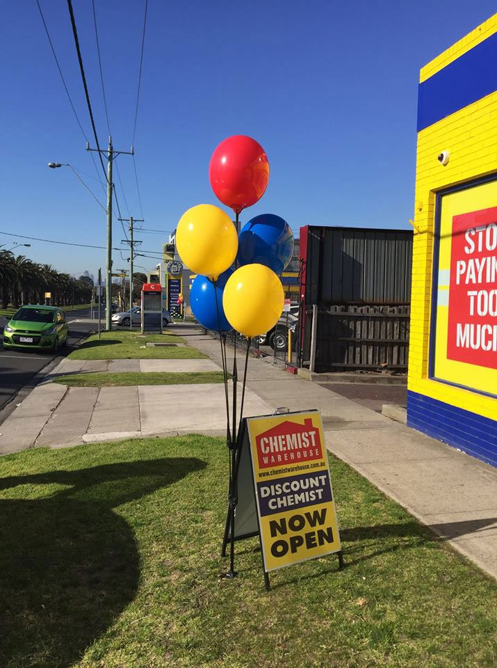 Web Marketing Angels - Outdoor Advertising - Balloons